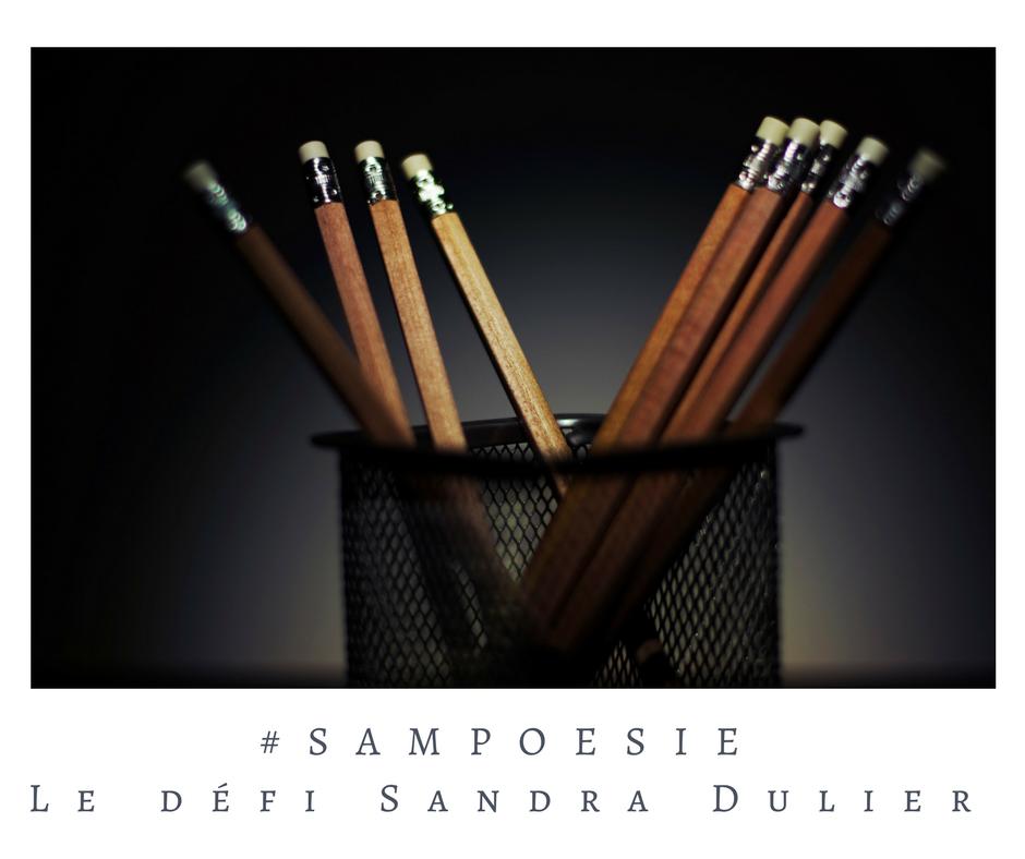 Que vous inspire cette photo ? A vos poèmes #Sampoésie. Crayons, gommes, back to school, rentrée, écrire, poésie.