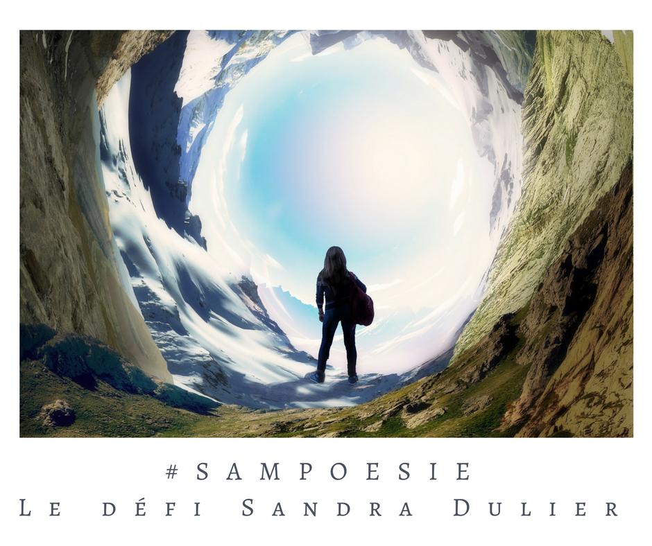 Que vous inspire cette photo ? A vos poèmes #Sampoésie. #inspiration #glacier #femme #aventure #hiver #écrire #poésie.