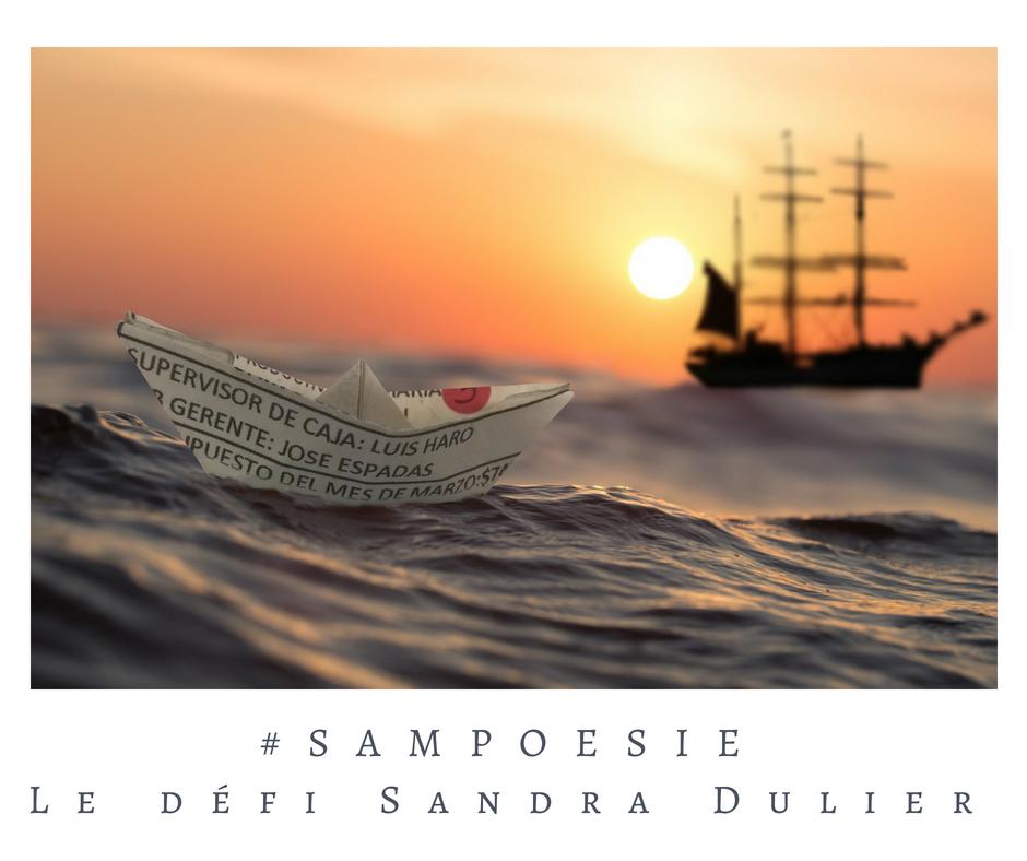 Que vous inspire cette photo ? A vos poèmes #Sampoésie. #voyage #bateau #mer #océan #papier #écrire #poésie.
