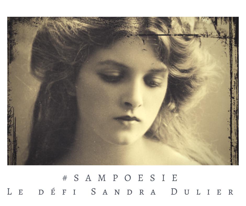 Que vous inspire cette photo ? A vos poèmes #Sampoésie. #inspiration  #femme #vintage #carte #1900  #écrire #poésie.