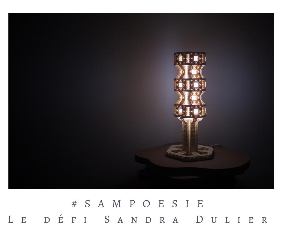 Que vous inspire cette photo ? A vos poèmes #Sampoésie. #lumière #lampe #légo #noir #nuit # #poésie #écrire