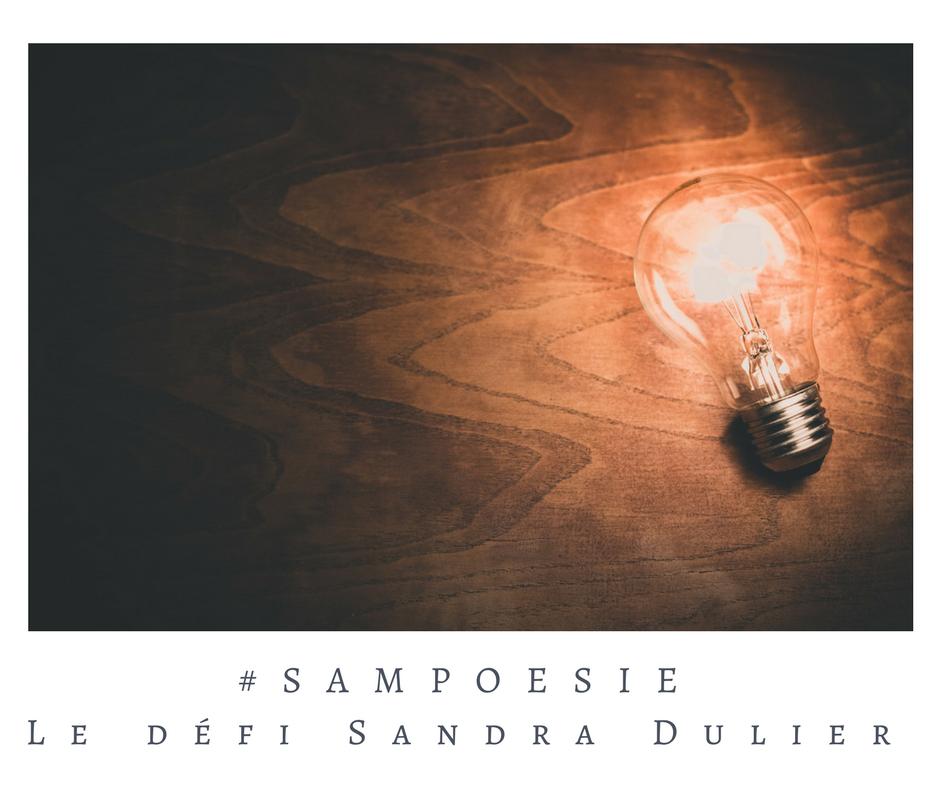 Que vous inspire cette photo ? A vos poèmes #Sampoésie. #inspiration #lumière #ampoule #idée #découverte #écrire #poésie.