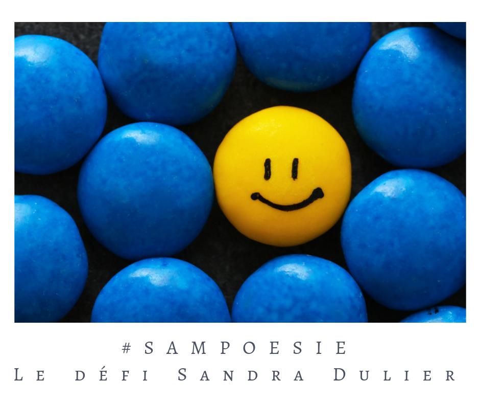 Que vous inspire cette photo ? poésie, sourire, smiley, bleu, jaune, émoticône gourmande, été