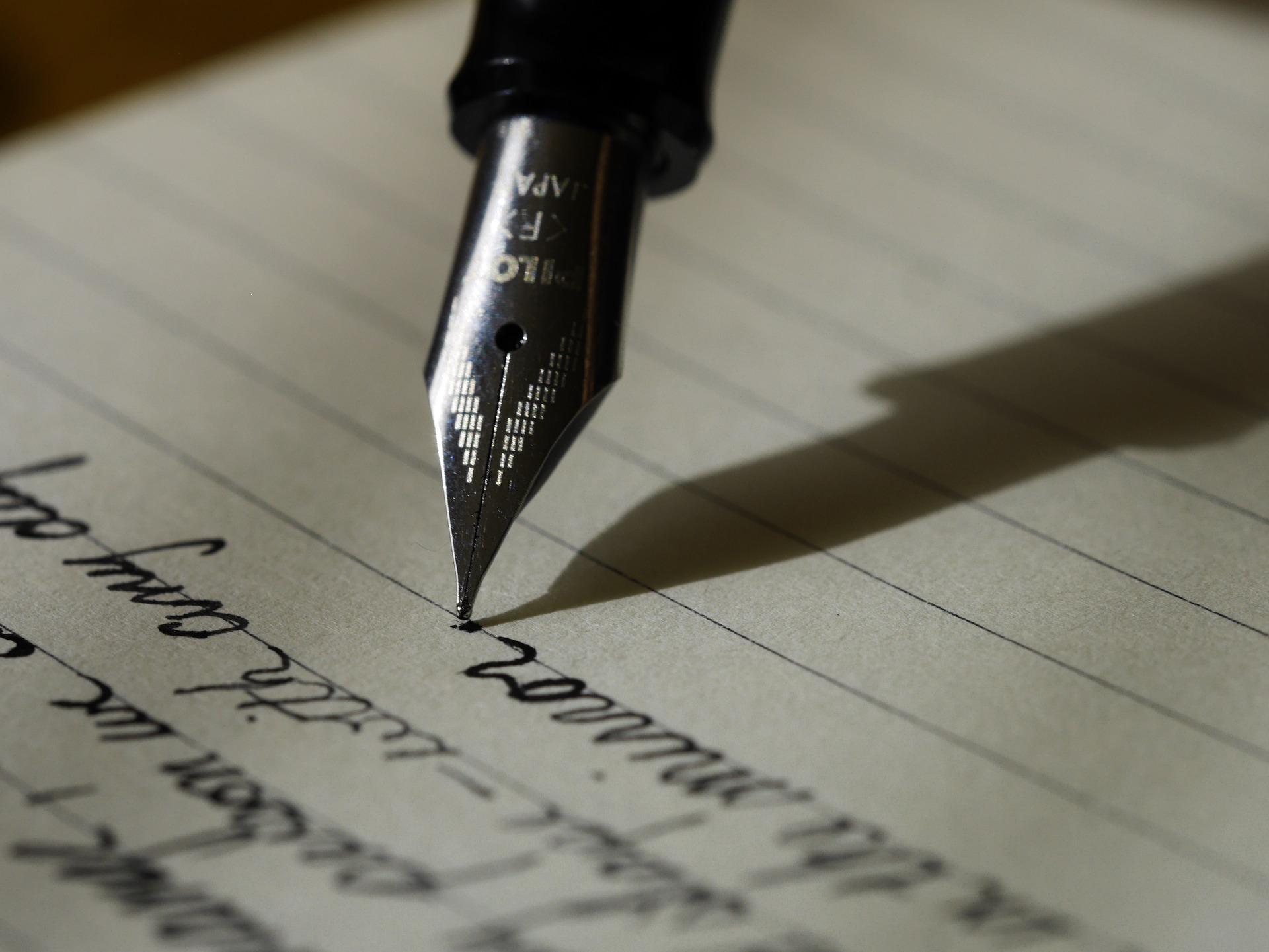 Ecrire, stylo, poésie, lettre, écriture.