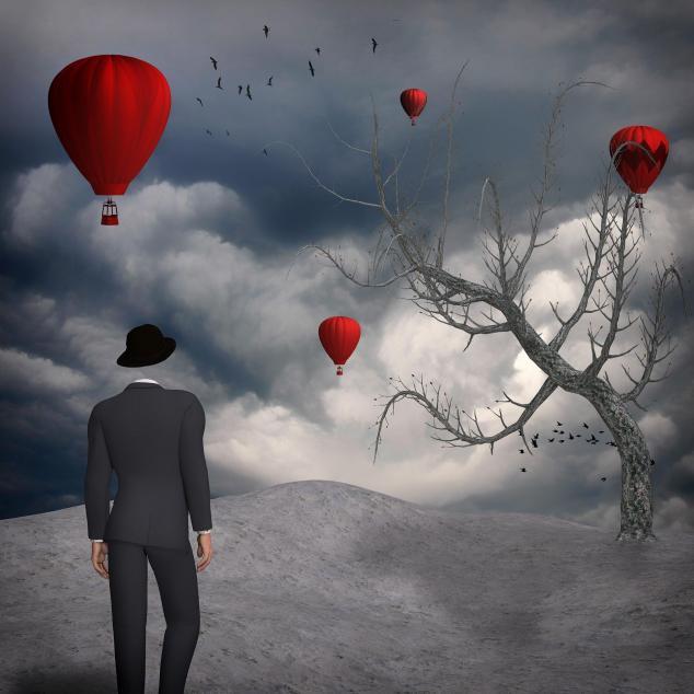 L'homme invisible, ballon rouge, surréalisme.