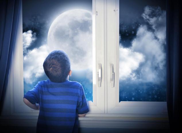 enfant et lune